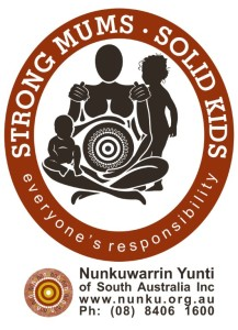 strong mums solid kids logo